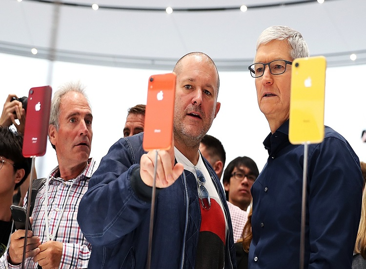 Jony Ive Leaves Apple, Boeing at the Heart of the Scandal, 75% of Databases Migrating Into the Cloud; It's the Zdbrief 16